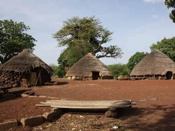 El pais bassari fula y bedik (Senegal)